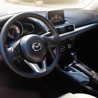 2016-m3s-interior-parchment-driver-pit-mde-m3s-overview